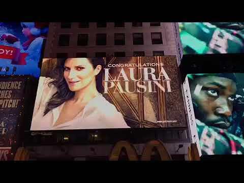 A Times Square l'omaggio a Laura Pausini - IL VIDEO
