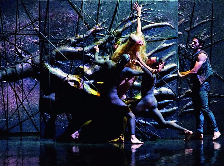 """La """"Tempesta""""  di Shakespeare  per  Aterballetto al Bonci di Cesena"""