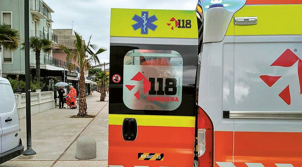 Brisighella, soccorso 78enne caduto in casa 2 giorni prima: è grave