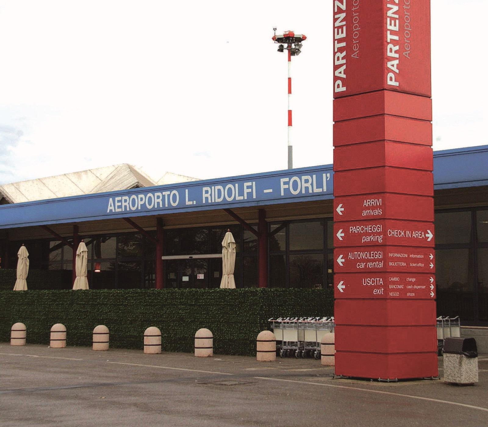 Aeroporto Ridolfi, ecco chi ha presentato l'offerta per la gestione