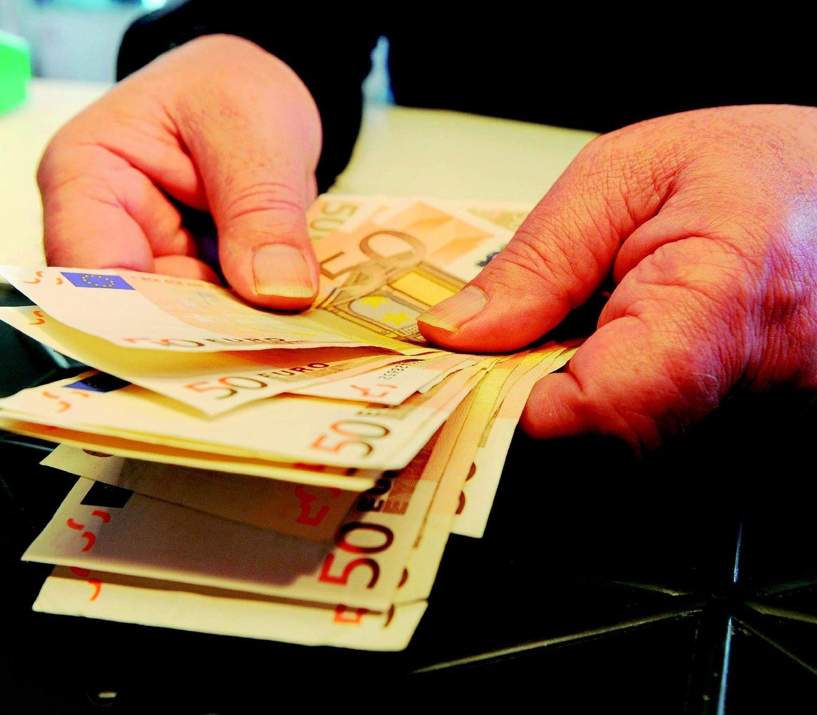 Forlì, 13enne macedone trova 170 euro a terra e li consegna alla Municipale