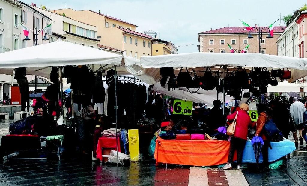 Forlì, il mercato ambulante riaprirà venerdì 29 maggio