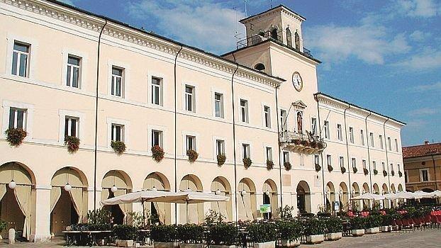 Cervia, raddoppiato lo stipendio del presidente Consiglio comunale