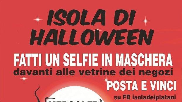 Fatti un selfie e vinci uno smartphone: Halloween all'isola dei platani