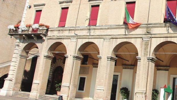 Contributi evasi, Rimini diffida 25 attività: pagate o chiudete