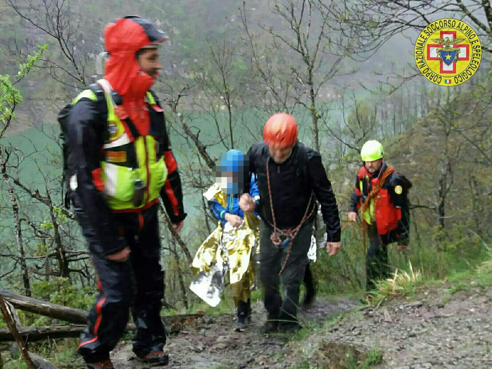 Escursionisti olandesi con bambini salvati dal Soccorso Alpino a Ridracoli