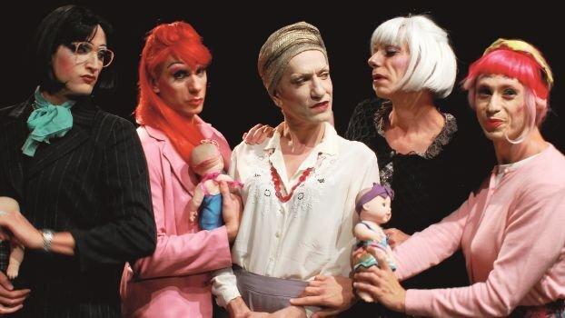 """Il Re Lear diventa la Regina Lear. Shakespeare sì, ma """"en travesti"""""""