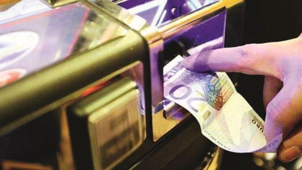 Il riciclaggio dei soldi dello spaccio? Pagando chi vince alle scommesse