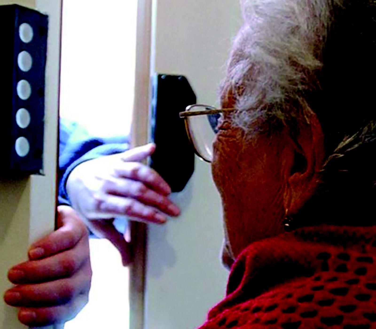 Forlì, cercano di truffare due anziane. Ma le vittime non abboccano