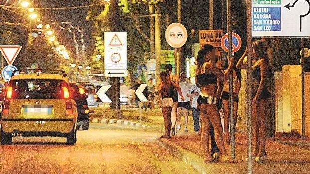 Rimini. Da maggio 180 sanzioni per la prostituzione
