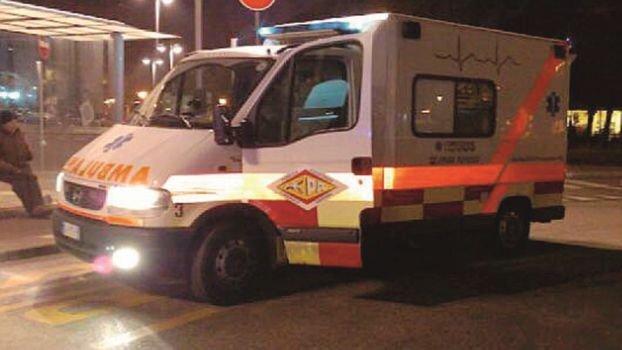 Forlì, auto capottata a Ricò. Un 52enne al Bufalini