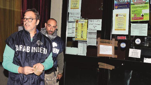 Richiedenti asilo e spacciatori, a Forlì chiuso un bar usato come ritrovo
