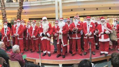 Rimini, ingaggiato come Babbo Natale a 2.500 euro per 11 giorni un 65enne di Novafeltria
