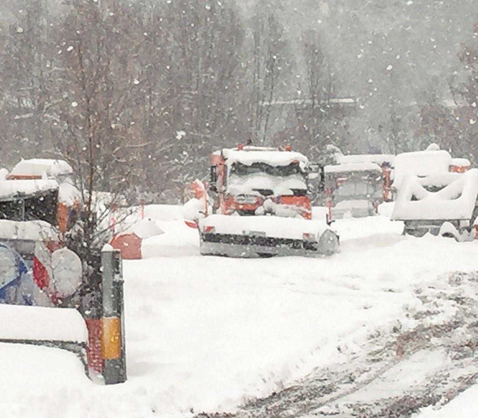 Rimini, da venerdì obbligatorie gomme da neve o catene