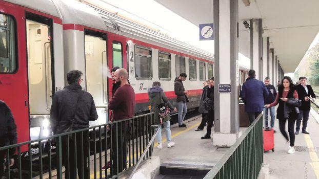 Maltempo, disagi anche per i treni tra Ravenna e Rimini e Bologna e Ravenna