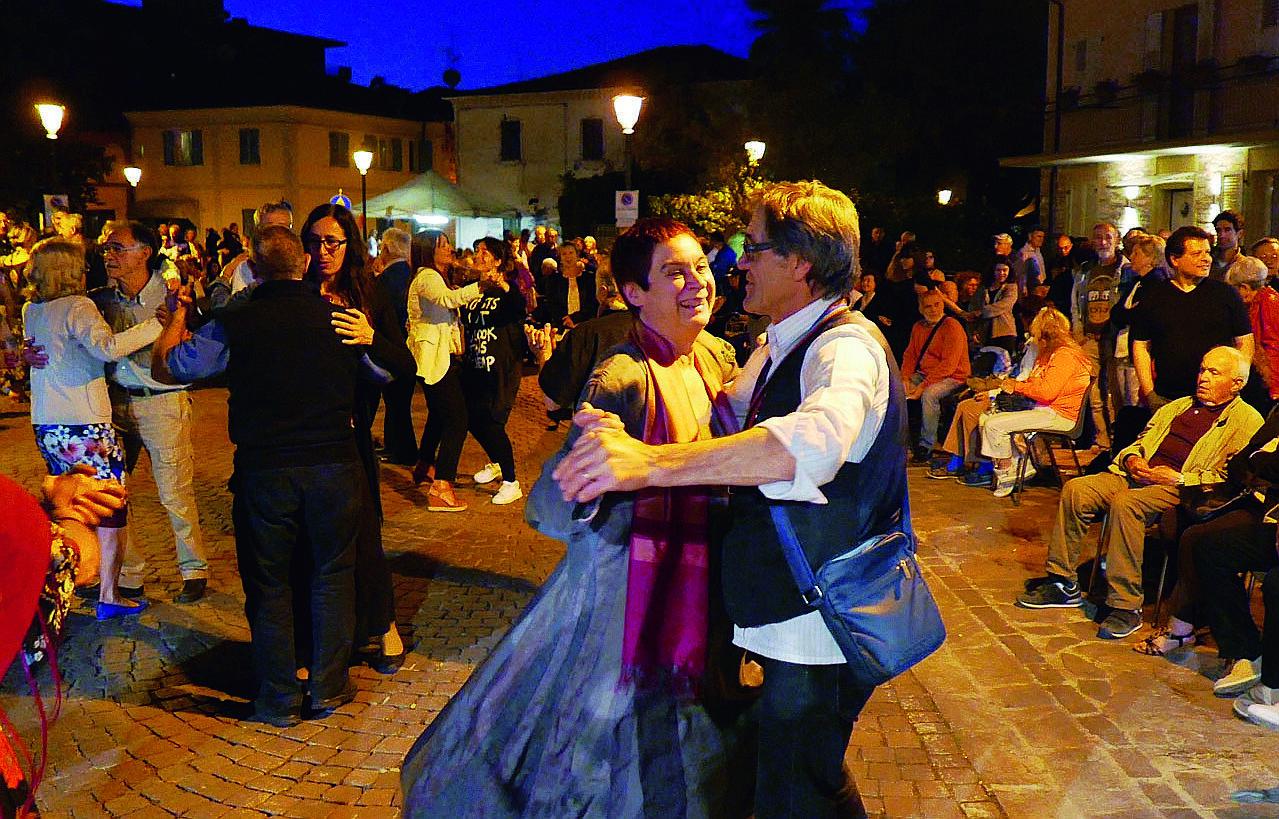 """A Bellaria torna """"La borgata che danza"""" alla 27ma edizione"""