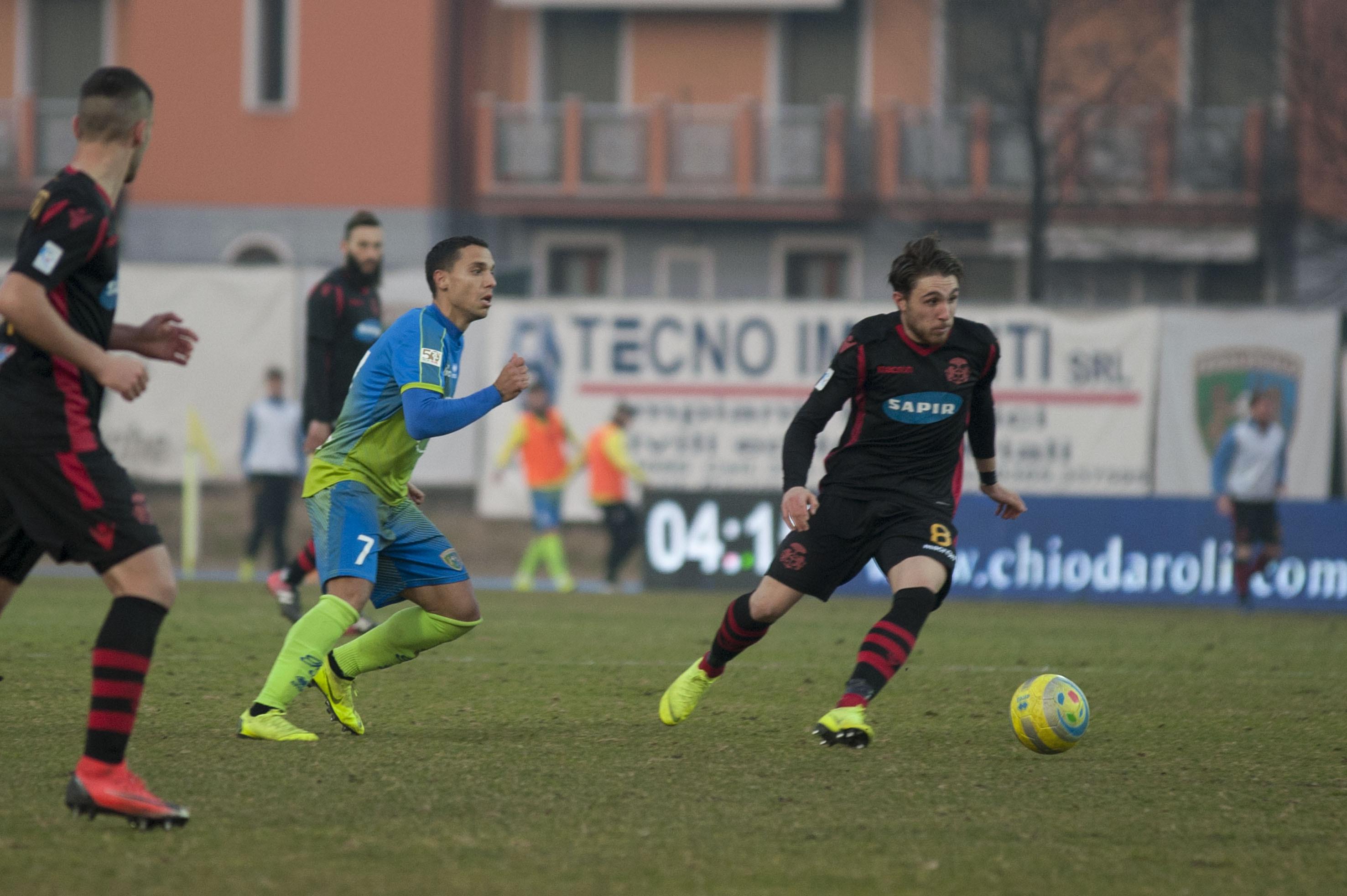 Calcio serie C, il Ravenna pareggia a Salò ed è fuori dai play-off