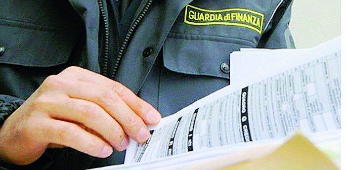 Intasca le tasse dei clienti, commercialista di Gatteo sotto inchiesta