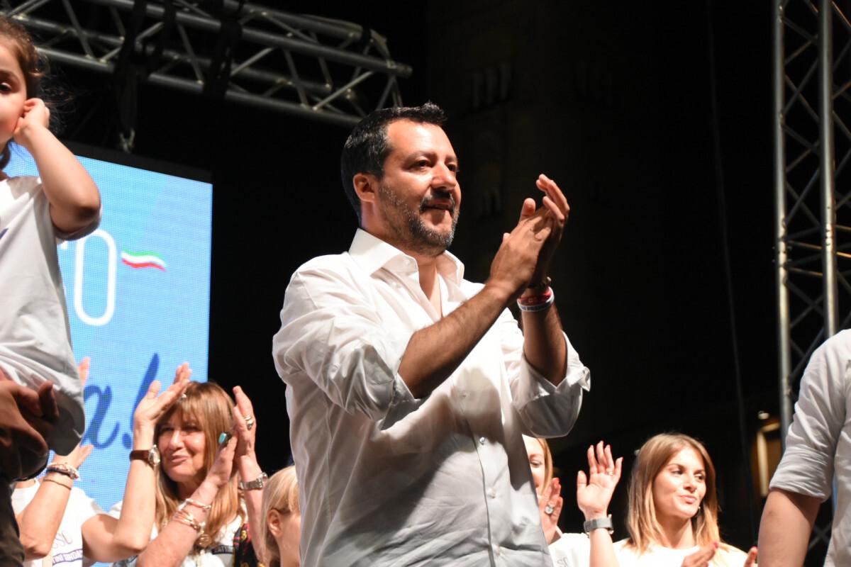 San Marino, caso targhe straniere: Lonfernini scrive a Salvini