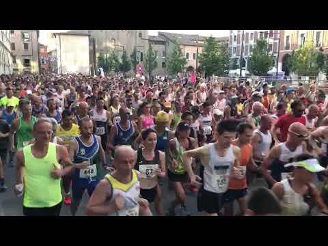 """Podismo, in 3800 a Cesena alla """"San Giovanni"""" - VIDEO"""