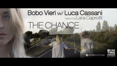 Bobo Vieri dalla consolle di Milano Marittima al primo singolo - VIDEO