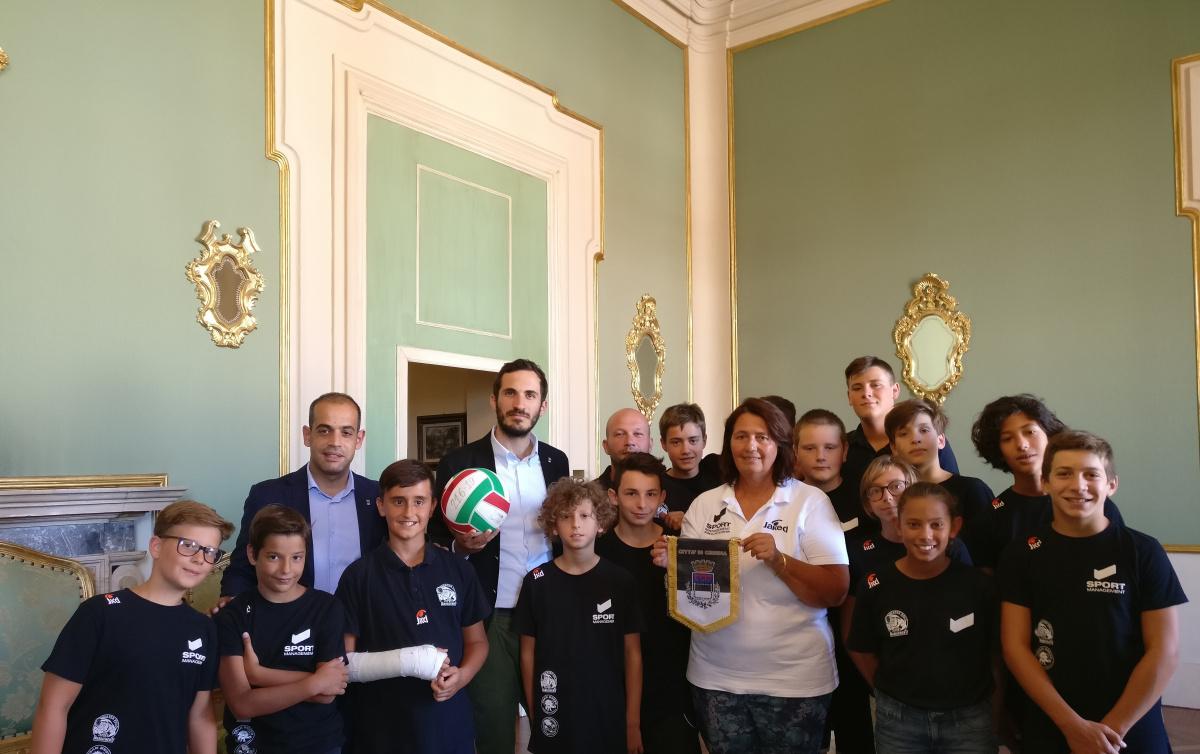 Pallanuoto, i campioni under 14 ricevuti in Comune a Cesena
