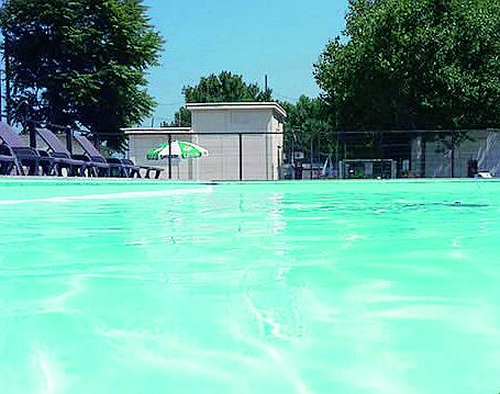 Misano, abusiva la piscina del camping in cui la bimba rischiò di annegare