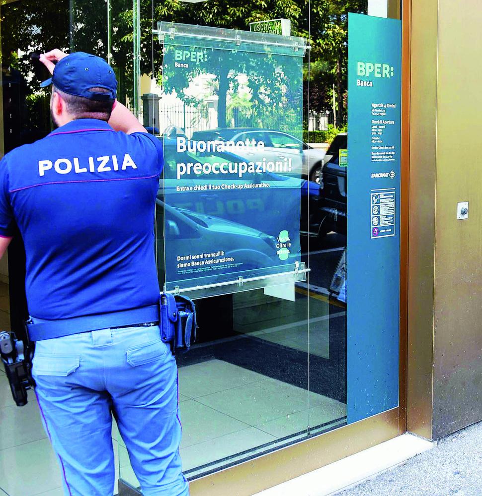 Rimini, arrestato il rapinatore solitario - VIDEO