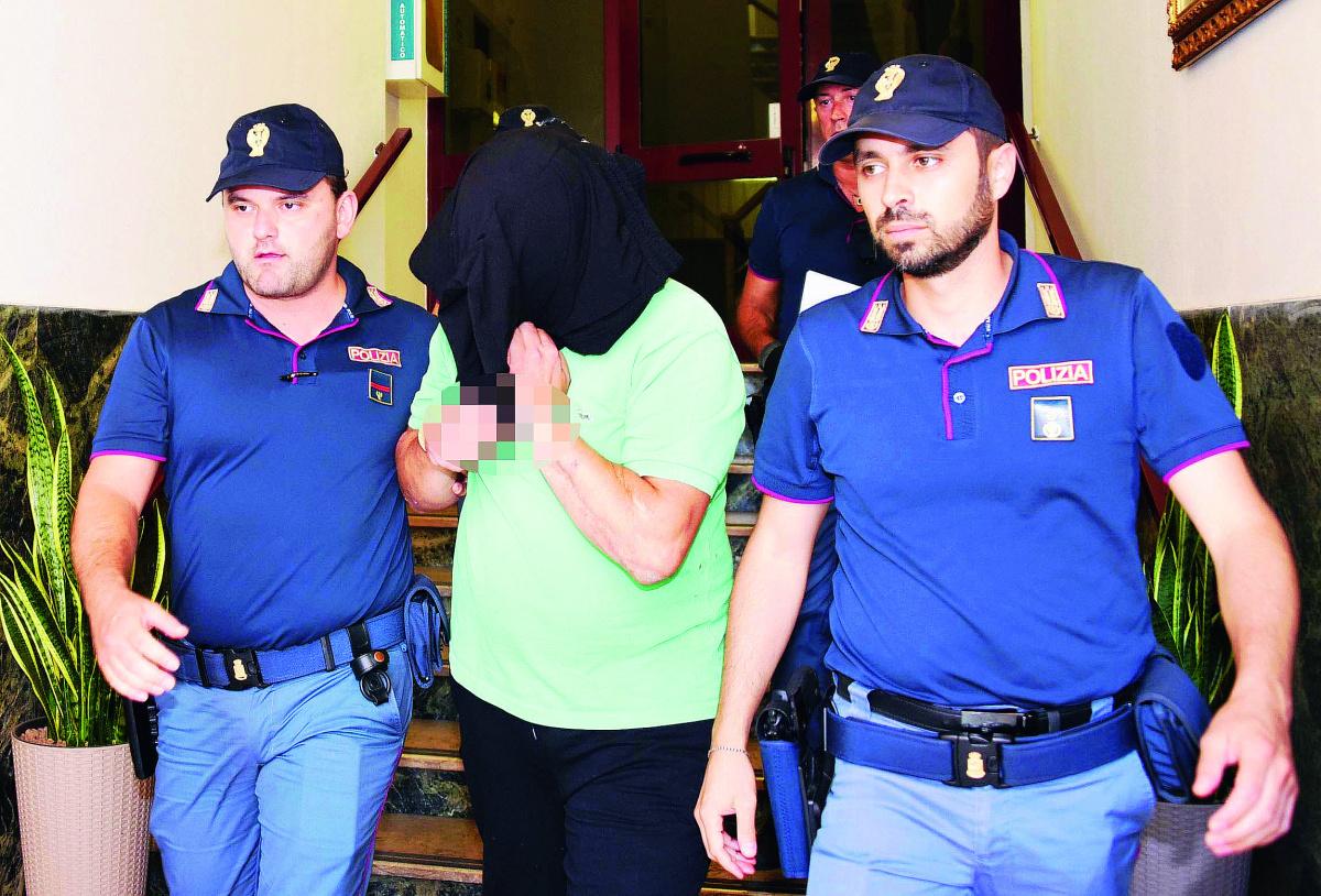 Rimini, aggredita a martellate mentre rientra a casa