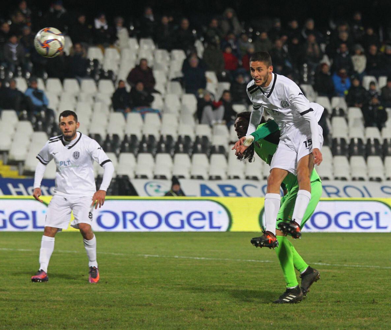 Calcio serie C, il Cesena conferma Ciofi e ingaggia Russini
