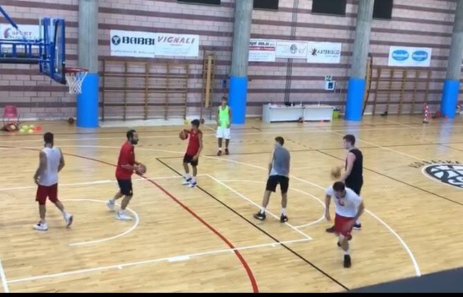 Unieuro Forlì, Marini e compagni al lavoro con coach Serra
