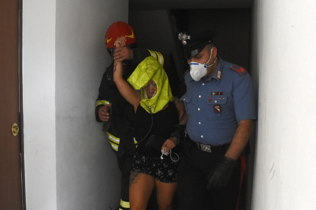 Incendio a Meldola in una palazzina, dieci intossicati