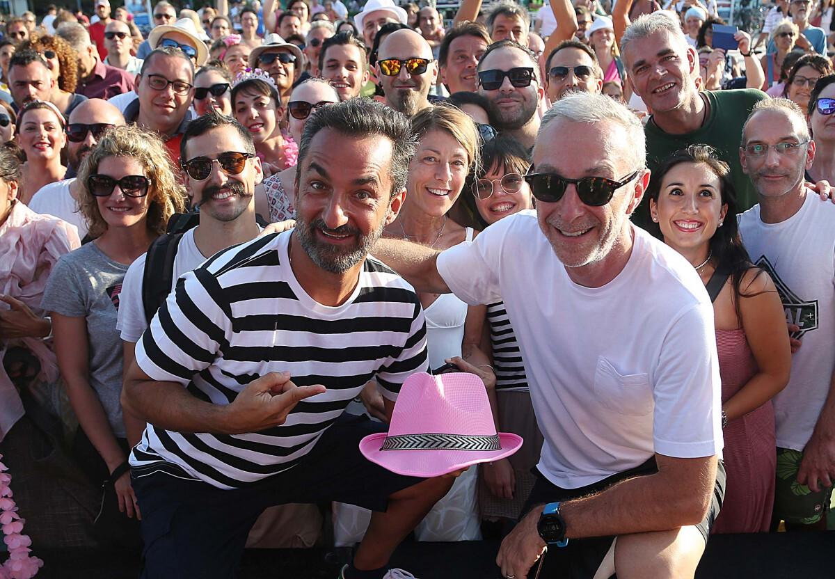 Radio Deejay trasforma la piazza di Riccione in un dancefloor