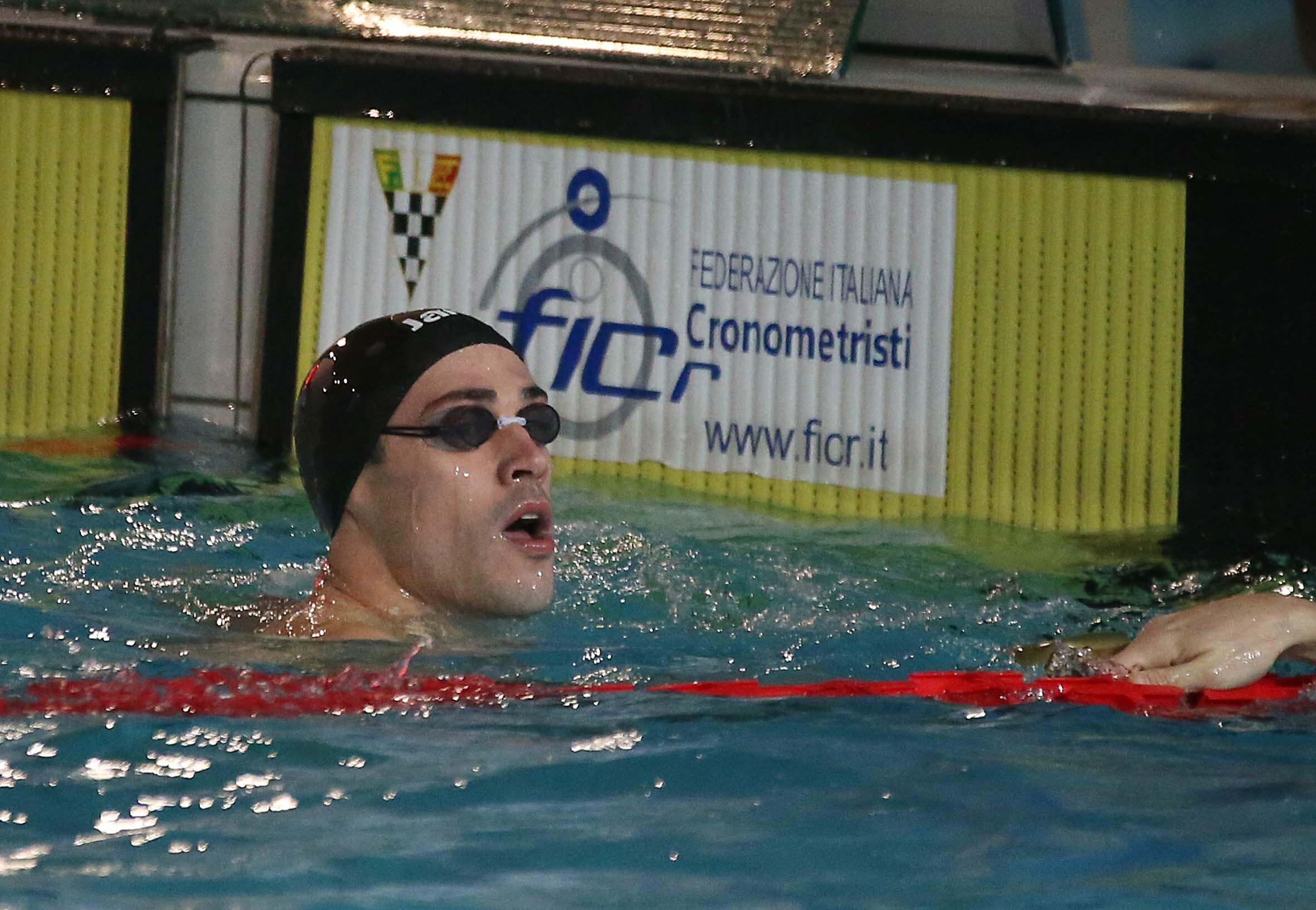Nuoto, Scozzoli quinto nei 50 rana ai Mondiali, poi squalificato