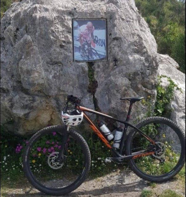 Ladro travestito da ciclista incastrato dalla polizia a Forlì
