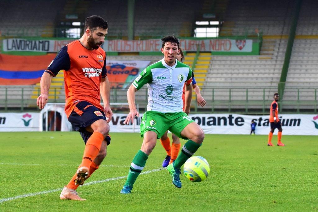 Calcio C, il Rimini ad un passo dal mediano Casini