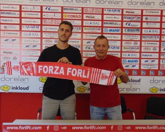 Calcio D, il Forlì annuncia il centrocampista Favo