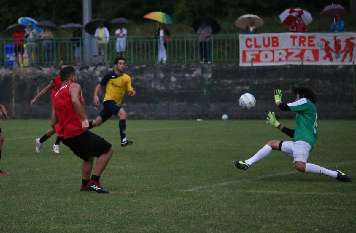 Serie C, il Rimini supera di misura la Savignanese