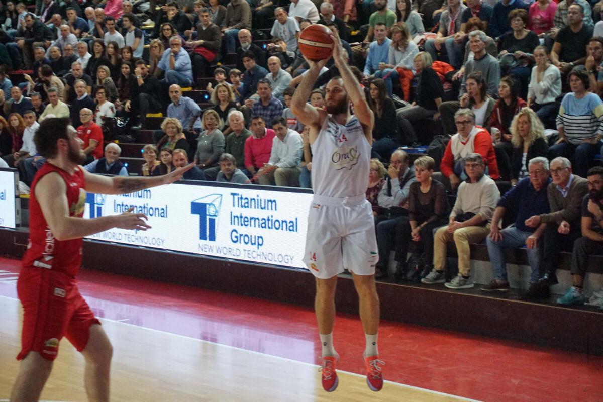 Basket A2, affare fatto: Masciadri a Imola