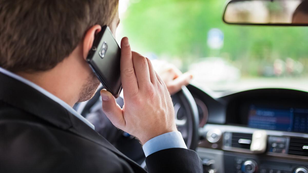 Al volante con lo smartphone, controlli serrati a Forlì