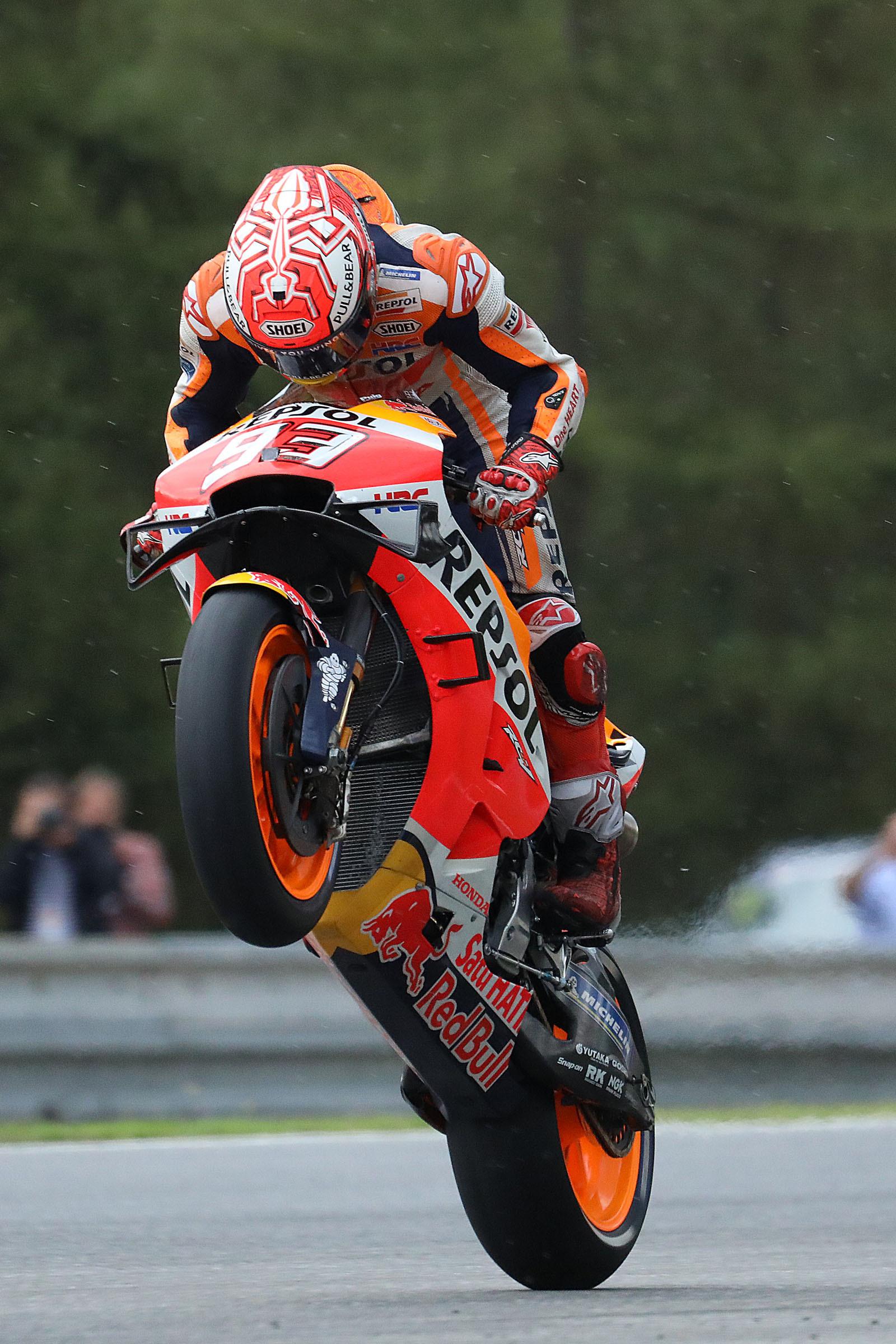 MotoGp, il solito Marquez vince davanti a Dovizioso