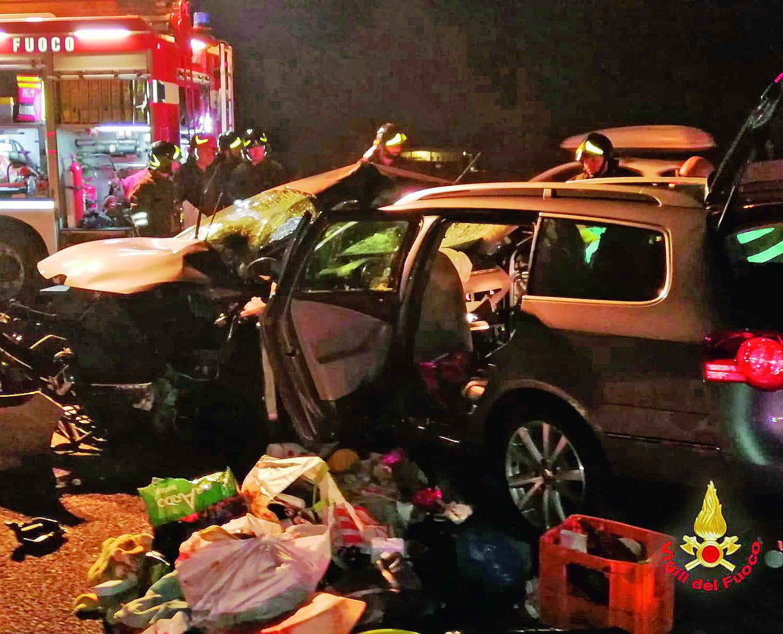 Morti nudi in A14 nell'incidente a Cesena, i feriti ancora gravi