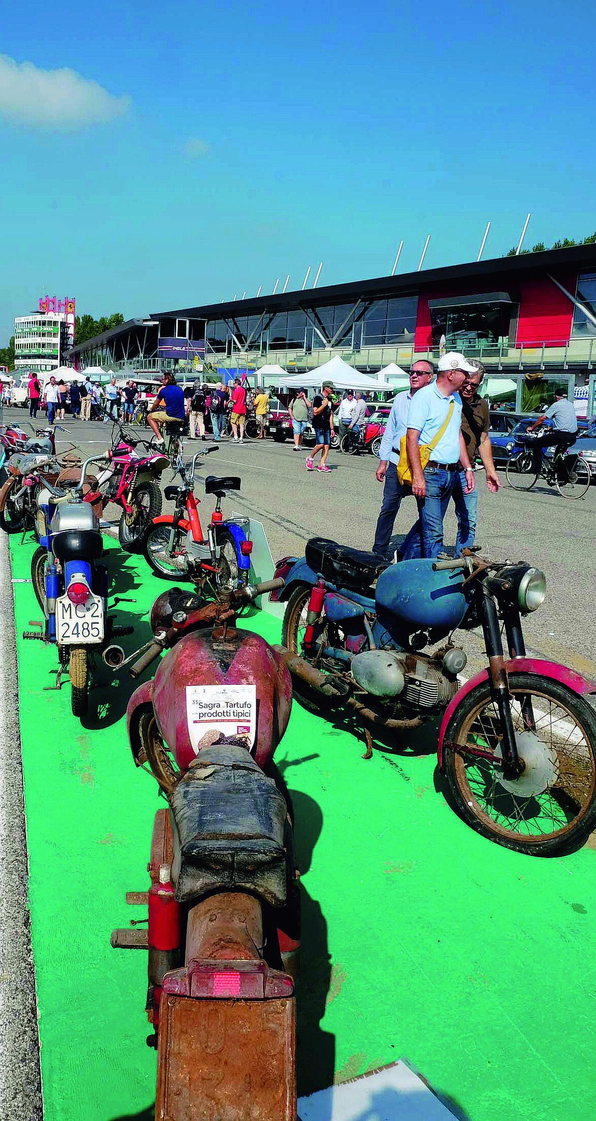 Imola pronta ad accogliere 40mila appassionati di auto e moto d'epoca