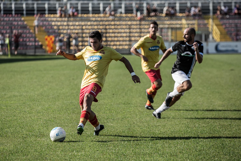 Calcio Ravenna, esordio al Recchioni contro la Fermana