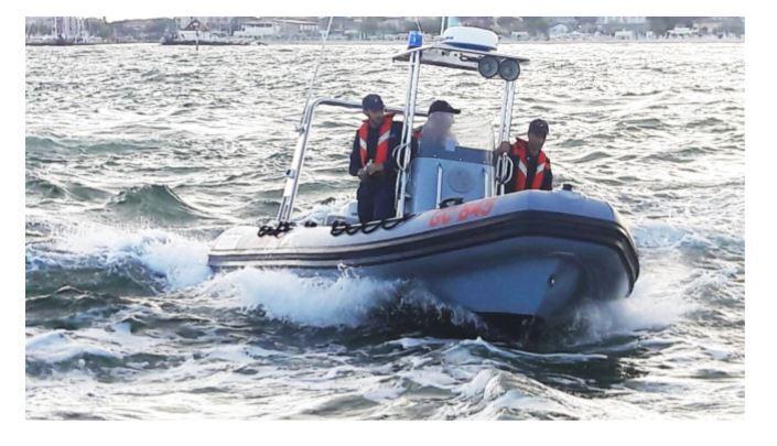 Milano Marittima, falla su un'imbarcazione, salvati i tre a bordo