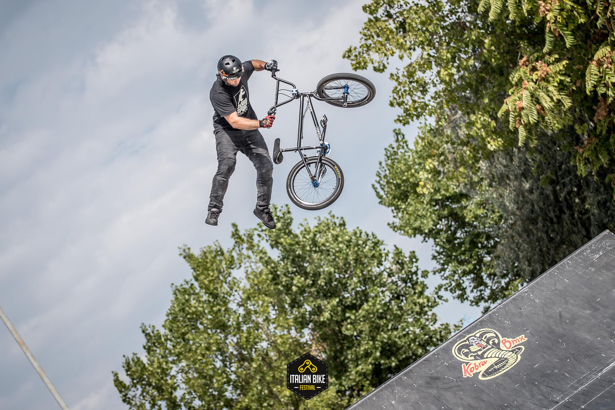 Italian bike festival a Rimini. Attesi Cipollini, Petacchi e Cunego