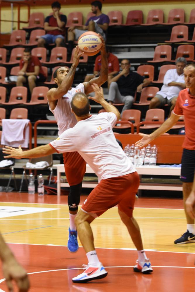 Basket A2, i biglietti per l'Unieuro Forlì in Supercoppa ...