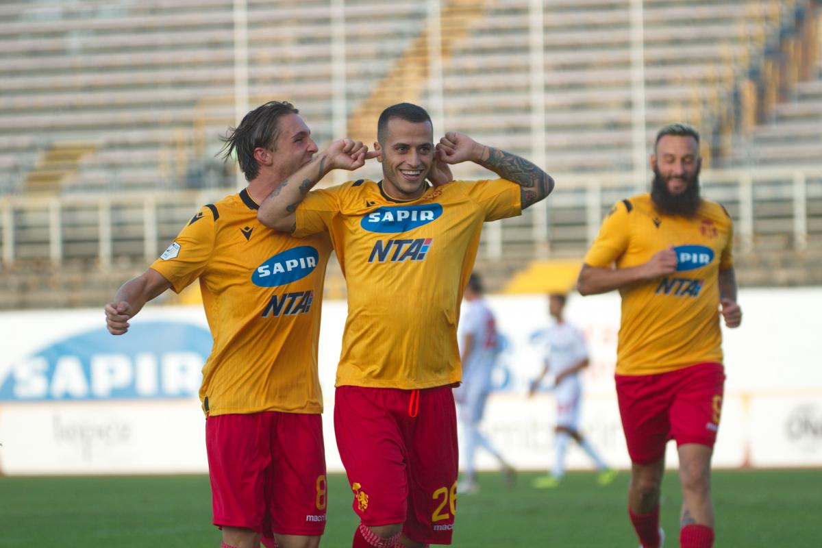 Calcio Serie C, il Ravenna vince il derby con l'Imolese