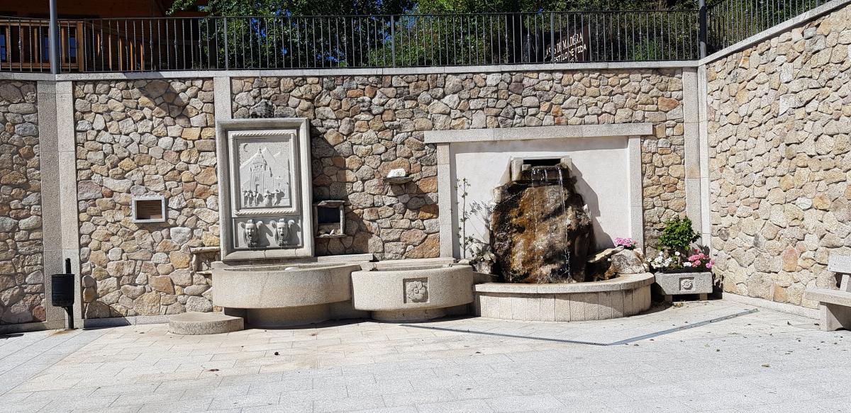 Verso Santiago: Puebla de Sanabria-A Gudina