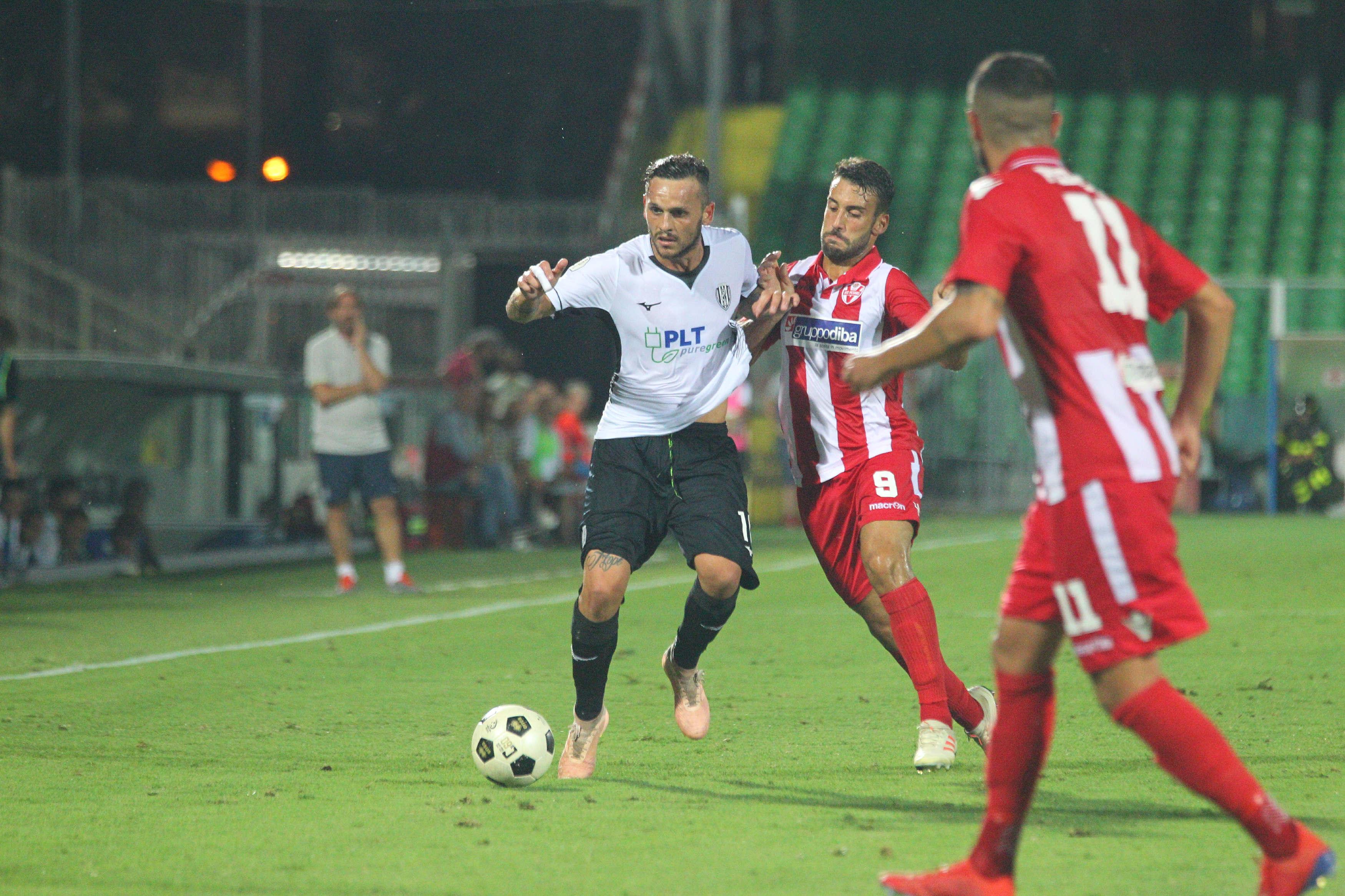 Calcio serie C, Ravenna-Cesena il 6 novembre in Coppa Italia